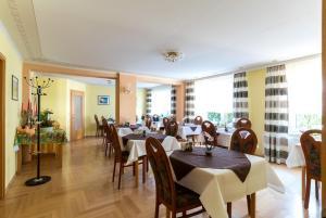 Hotel Adler, Szállodák  Wismar - big - 19