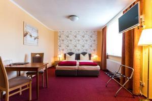 Hotel Adler, Szállodák  Wismar - big - 10