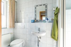 Hotel Adler, Szállodák  Wismar - big - 15