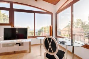 Romantic Villa near Monaco, Ville  Roquebrune-Cap-Martin - big - 9