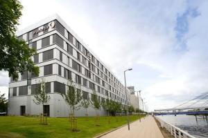 Premier Inn Glasgow Pacific Quay, Hotel  Glasgow - big - 14