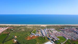 Praia da Lota Resort – Hotel (Ex- turoasis), Hotely  Manta Rota - big - 40