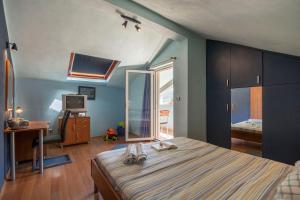 Sea Breeze apartment in Vis