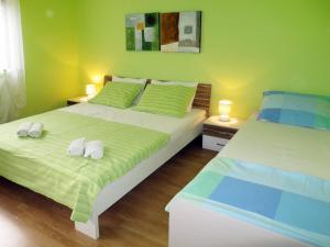 Haus Mira 150S, Апартаменты  Mirce - big - 3