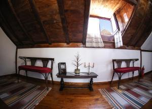 Hotel Bujtina e Bardhe, Hotel  Korçë - big - 35