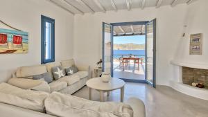 Mykonos Panormos Villas & Suites, Vily  Panormos Mykonos - big - 56