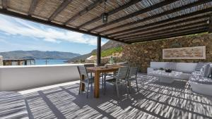 Mykonos Panormos Villas & Suites, Vily  Panormos Mykonos - big - 104
