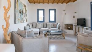 Mykonos Panormos Villas & Suites, Vily  Panormos Mykonos - big - 108