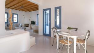 Mykonos Panormos Villas & Suites, Vily  Panormos Mykonos - big - 109