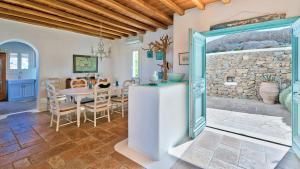 Mykonos Panormos Villas & Suites, Vily  Panormos Mykonos - big - 47