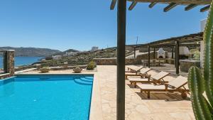 Mykonos Panormos Villas & Suites, Vily  Panormos Mykonos - big - 69