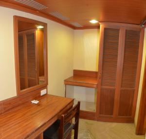 Hotel Raya's Annexe-1, Лоджи  Кумбаконам - big - 7