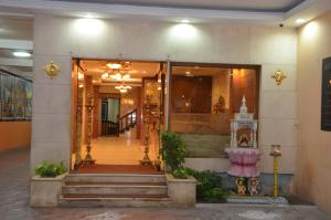 Hotel Raya's Annexe-1, Лоджи  Кумбаконам - big - 10