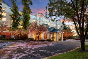 Hilton Garden Inn Lake Oswego, Hotels  Lake Oswego - big - 1