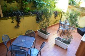 B&B Verga, Bed & Breakfasts  Catania - big - 32