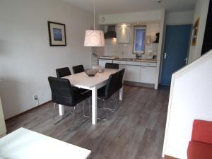Appartement Hollumerstrand, Apartmány  Hollum - big - 38