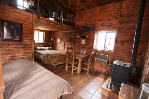 Medium Cottage