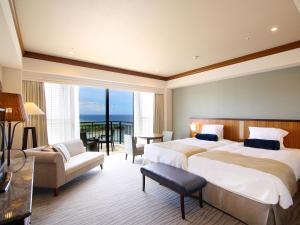 Hotel Nikko Alivila, Отели  Yomitan - big - 14
