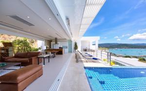 UniQue Sea View Pool Villa