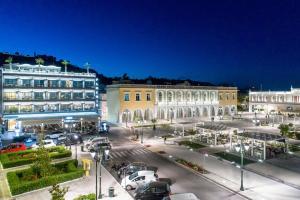Phoenix Hotel, Hotely  Zakynthos Town - big - 1
