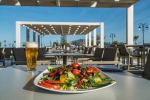 Phoenix Hotel, Hotely  Zakynthos Town - big - 79