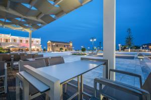 Phoenix Hotel, Hotely  Zakynthos Town - big - 66