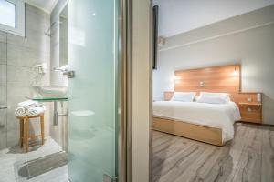 Phoenix Hotel, Hotely  Zakynthos Town - big - 13