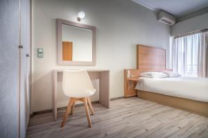 Phoenix Hotel, Hotely  Zakynthos Town - big - 12