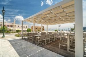 Phoenix Hotel, Hotely  Zakynthos Town - big - 71