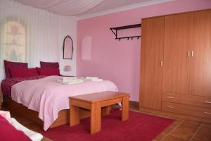Finca Ranchiles, Apartmány  Montecorto - big - 24