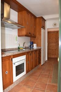 Finca Ranchiles, Apartmány  Montecorto - big - 35