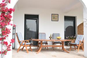 Finca Ranchiles, Apartmány  Montecorto - big - 41