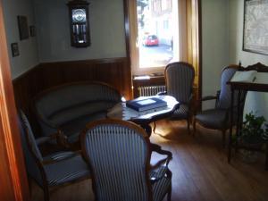 Hotel Furka, Hostince  Oberwald - big - 53