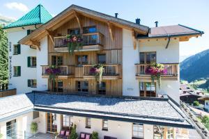 Der Waldhof, Hotely  Sankt Anton am Arlberg - big - 59