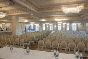 Four Seasons Hotel, Spa & Leisure Club, Hotely  Carlingford - big - 54