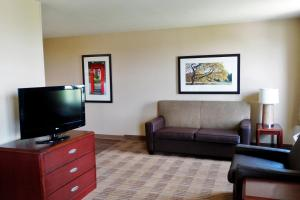 Executive Studio with 2 Double Beds and One Sofa Bed- Non-Smoking