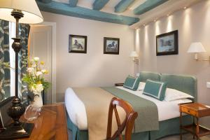 Double or Twin Room (2 Adults max)