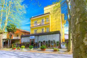 Hotel Majorca, Hotely  Cesenatico - big - 77