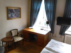 Non Renovated Room