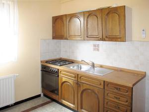 Haus Tara 409S, Ferienwohnungen  Maslenica - big - 6