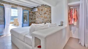 Mykonos Panormos Villas & Suites, Ville  Panormos Mykonos - big - 65