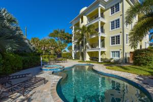 Seven Nights at the Oasis, Apartmány  Siesta Key - big - 3