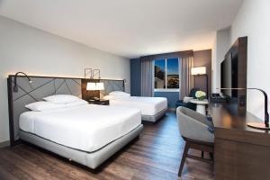 Queen Room with Two Queen Beds - High Floor