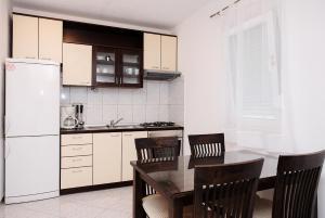 Darijan Apartments, Ferienwohnungen  Marina - big - 26
