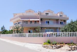 Darijan Apartments, Ferienwohnungen  Marina - big - 95