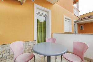 Villa Rok 230S, Apartmány  Banjole - big - 10