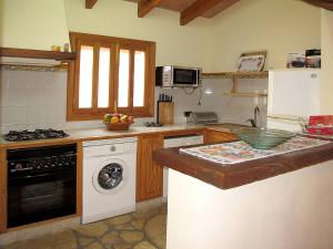 Ferienhaus Ca'n Picafort 300S, Dovolenkové domy  Santa Margalida - big - 3