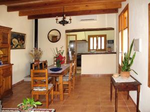 Ferienhaus Ca'n Picafort 300S, Dovolenkové domy  Santa Margalida - big - 10