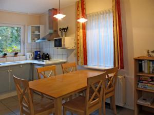 Ferienhaus Tossens 113S, Case vacanze  Tossens - big - 4