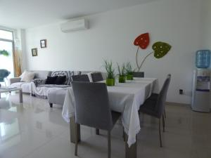 Apto 401 * Costa Azul, Ferienwohnungen  Santa Marta - big - 40